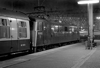 83012-Y-Euston-291082-LP002