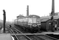 M50956-Y-Warrington-1961-060-1